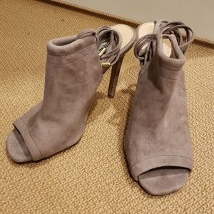 Steve Madden - Sophie heels with ankle laces